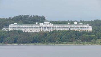 Grand Hotel - Ferry